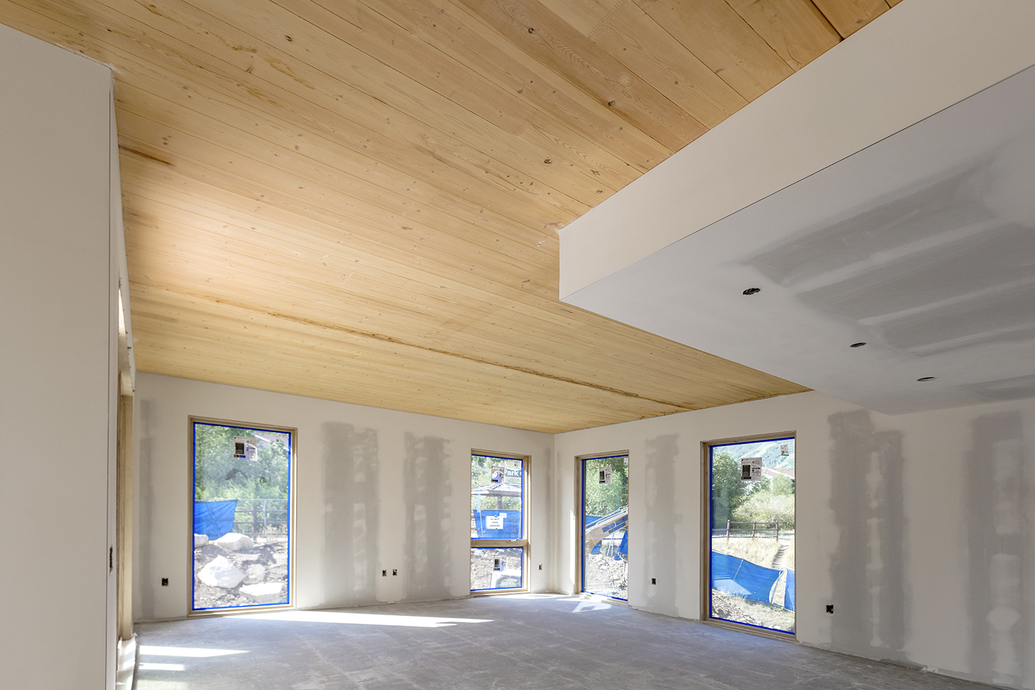 R&O Uses Cross Laminated Timbers for Structural Function and Visual Appeal